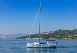 Beneteau Oceanis 38.1 New for charter in Sukosan