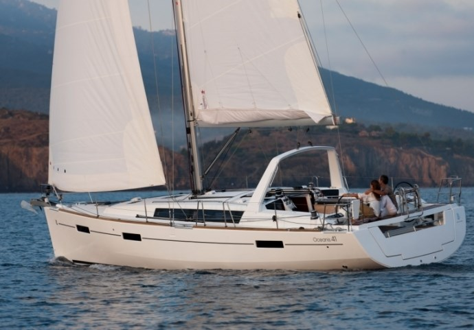 Beneteau Oceanis 41 for charter in Sukosan