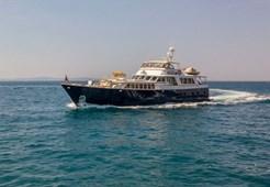 Burger 105 for charter in Split