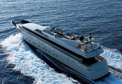 L Cantieri di Pisa 125 for charter in Split