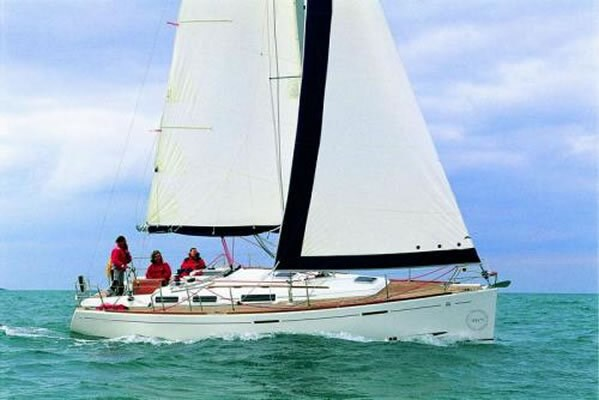 Dufour 365 for charter in Zaton