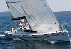 S Elan 350 3cab for charter in Izola