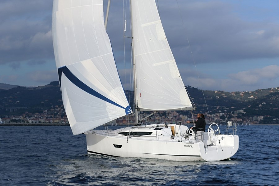 Elan E3 for charter in Kastela, Split