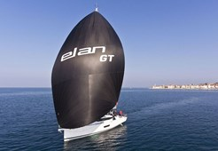 S Elan GT5 for charter in Izola