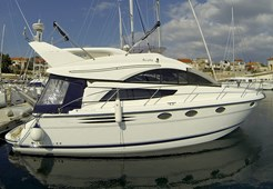 M Fairline Phantom 40 for charter in Primosten