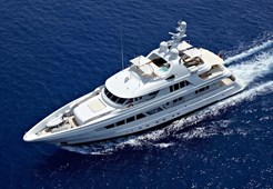 L Feadship 127 for charter in Hrvatska
