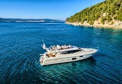M Ferretti 620* for charter in Dubrovnik