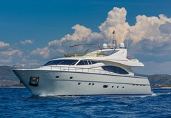 Ferretti 880 for charter in Split