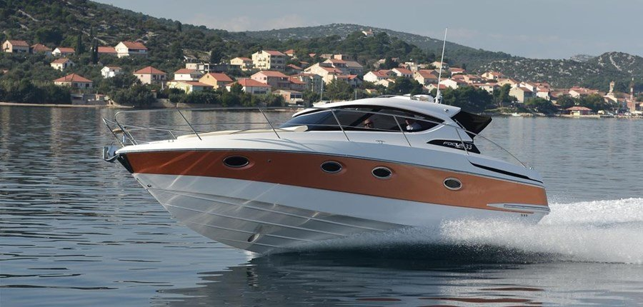 Focus Power 33 for charter in Zadar