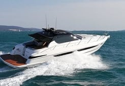 Focus Power 44 HT 2 cabins for charter in Sukosan