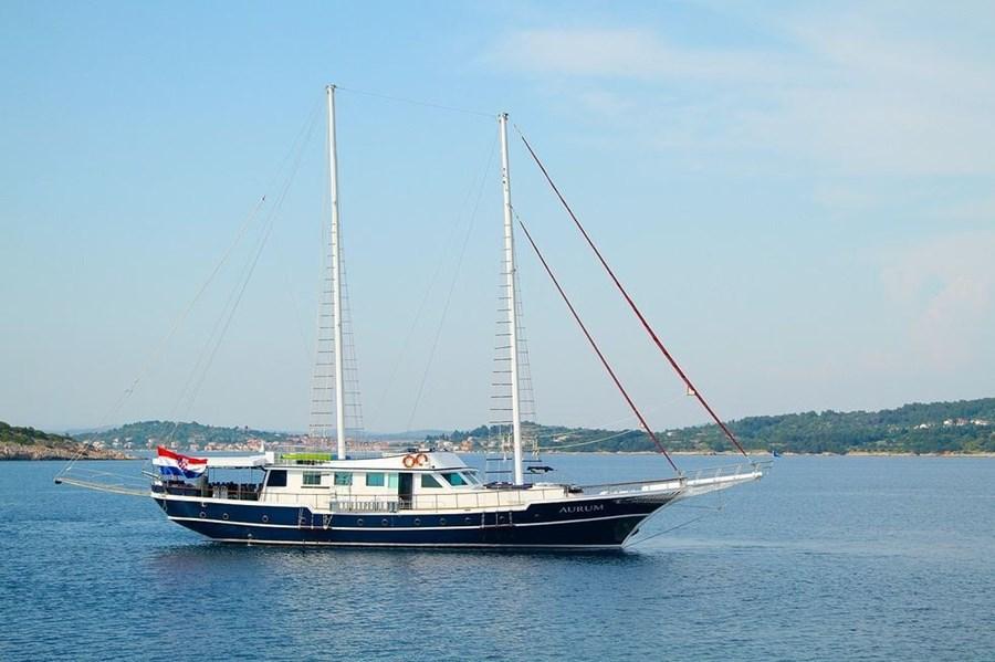 Gulet Aurum for charter in Sibenik