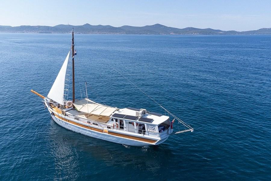 Gulet Dolin for charter in Trogir