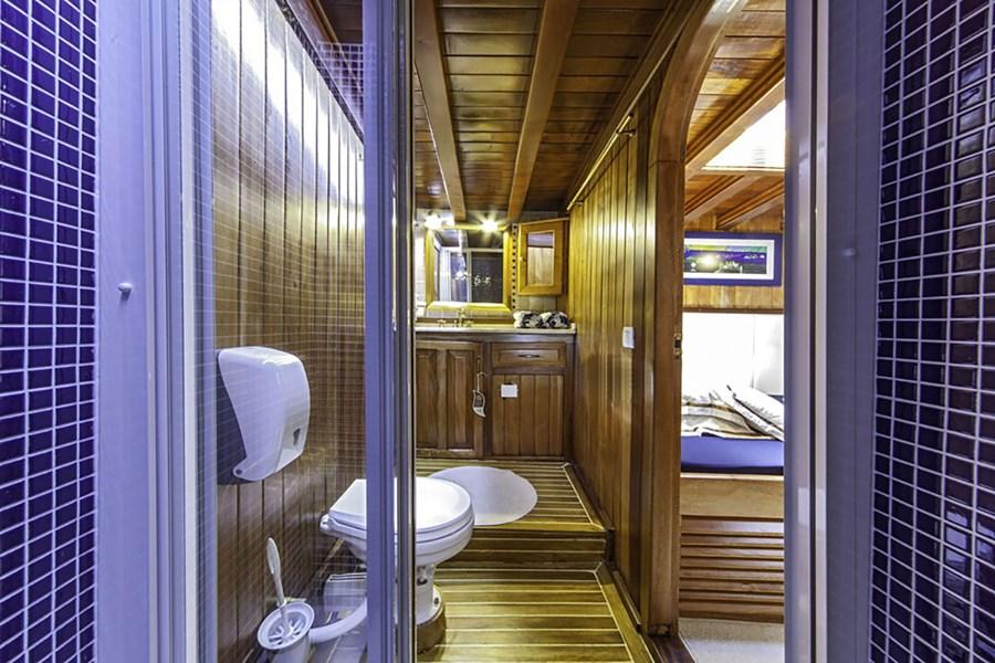 gulet libra gulets und holzboote f r charter in kroatien. Black Bedroom Furniture Sets. Home Design Ideas