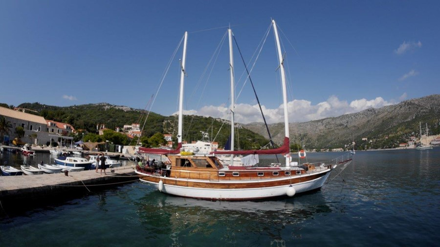 Gulet Pulenat for charter in Dubrovnik