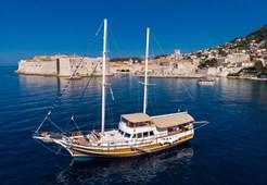 Gulet Sirena for charter in Dubrovnik