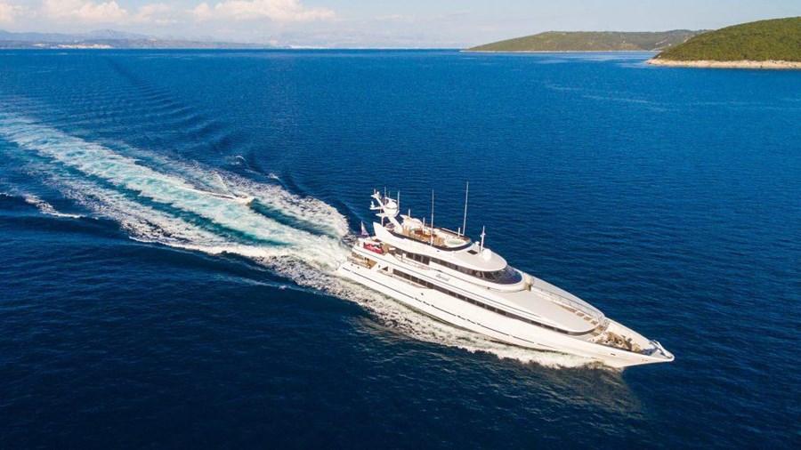 Heesen 40M for charter in Trogir
