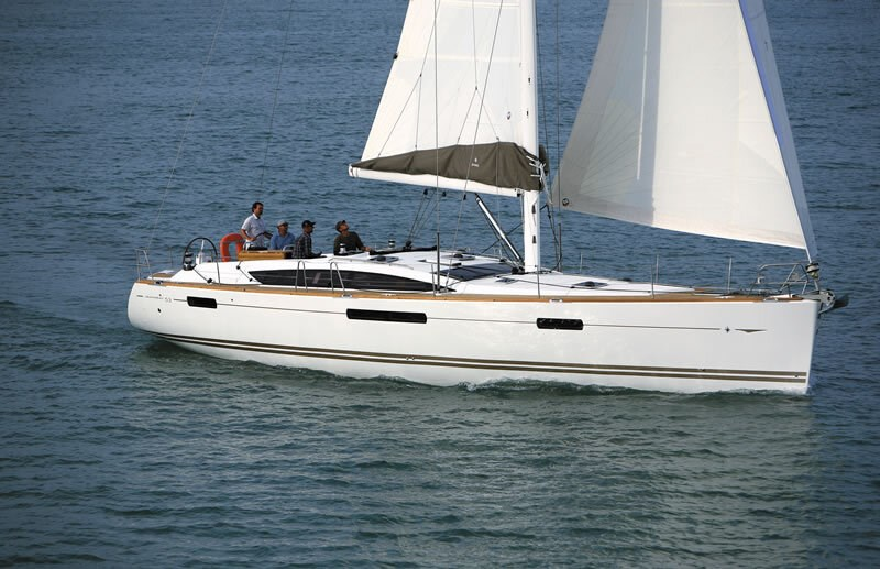 Jeanneau 53 for charter in Trogir