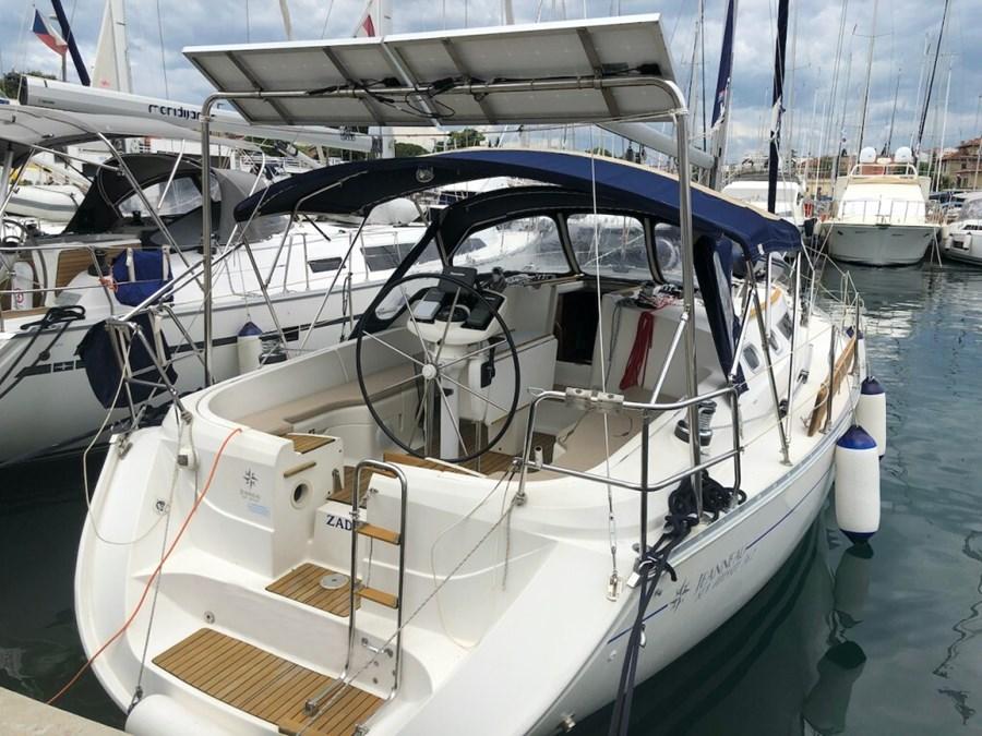 Jeanneau Sun Odyssey 36.2 for charter in Zadar