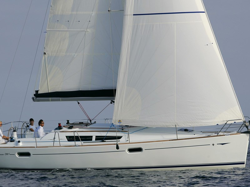 Jeanneau Sun Odyssey 39i for charter in Krvavica