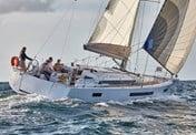 Jeanneau Sun Odyssey 490 Charter