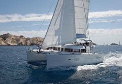 Lagoon 400 (4+2) for charter in