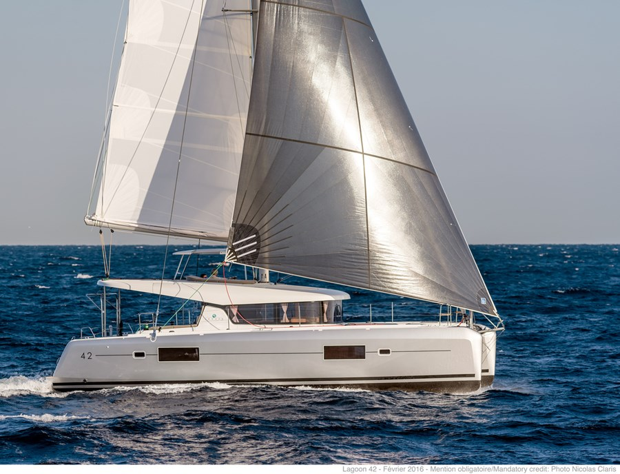Lagoon 42 - 3 cabins for charter in Slano