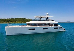 Lagoon 630 Motor yacht for charter in Sibenik