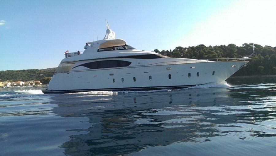 Maiora 23S for charter in Split