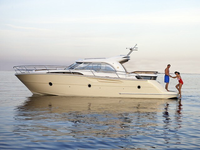 Marex 370 AAC for charter in Sibenik