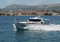 M Monachus Issa 45 for charter in Split