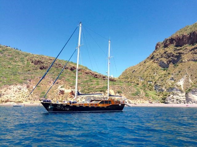 Motor-sailer Montecristo for charter in Split