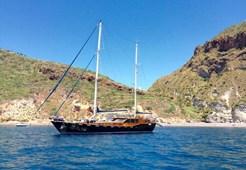 Motor-sailer Montecristo for charter in Split