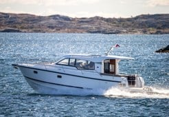 Nimbus 365 Coupe for charter in Pirovac