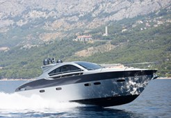 M Pearlsea 56 Coupe for charter in Baska Voda