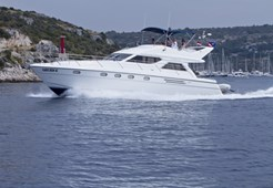M Princess 480 for charter in Primosten