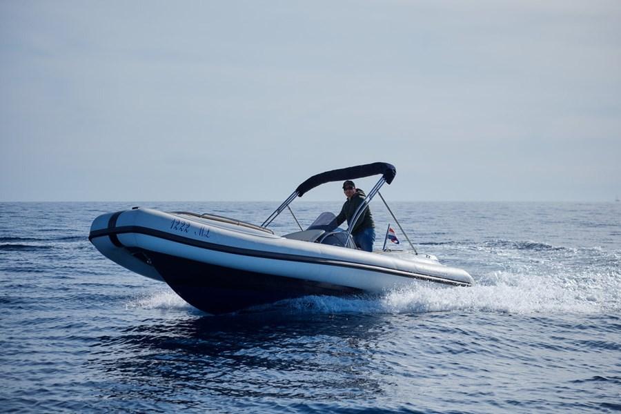 Ris Marine 650 for charter in Mali Losinj