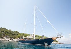 S S/Y Lauran for charter in Split