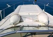 Sea Ray 330