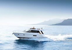 M Sealine F450 for charter in Seget Donji