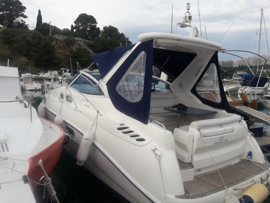 Sealine S 28 for charter in Trogir