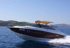 M Sessa S26 for charter in Trogir
