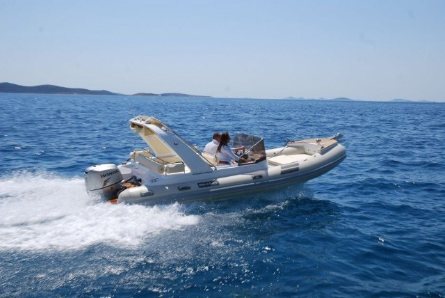 Shark BF 23 Sport for charter in Zadar