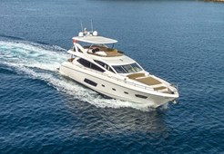 Sunseeker Manhattan73 for charter in Seget Donji