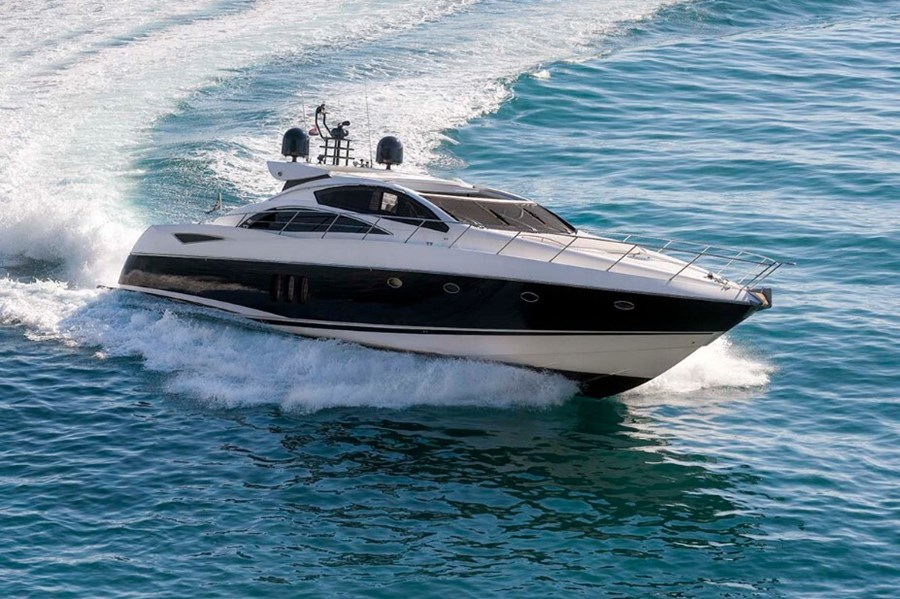 Sunseeker Predator 72 for charter in Split