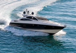 L Sunseeker Predator 72 for charter in Split