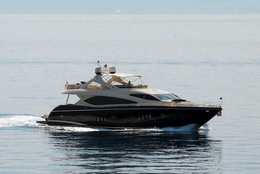 Sunseeker Yacht 86 for charter in Split