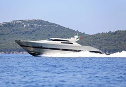 L Tecnomar 90 for charter in Hrvatska