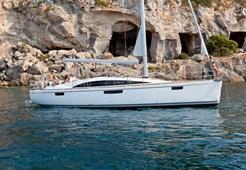 S Bavaria 46 Vision for charter in Split
