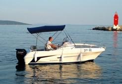 M Beneteau Flyer 550 Sun Deck for charter in Trogir