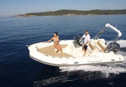 R Capelli TE 600 for charter in Zadar
